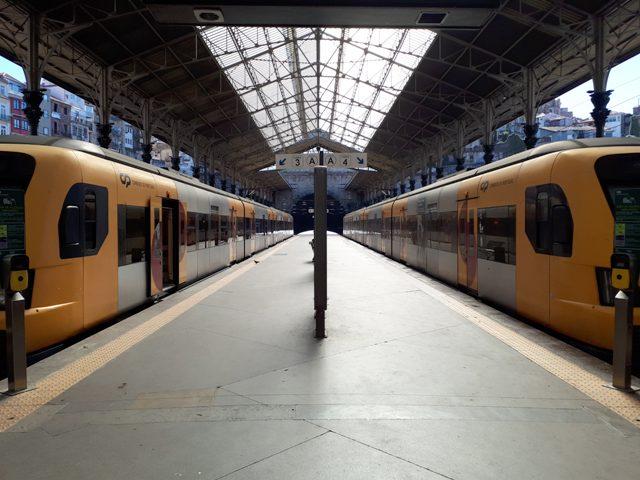 Porto trains